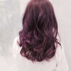 フェミニン ゆるふわ ハイライト 外国人風 ヘアスタイルや髪型の写真・画像