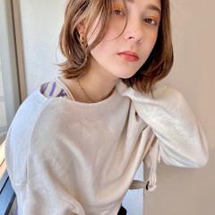 フェミニン ボブ 前髪なし くびれカール ヘアスタイルや髪型の写真・画像