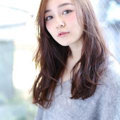 フェミニン かわいい ロング アンニュイ ヘアスタイルや髪型の写真・画像