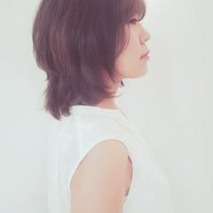 ウェーブ アンニュイ アッシュベージュ 透明感 ヘアスタイルや髪型の写真・画像