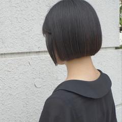 ミニボブ ナチュラル 切りっぱなしボブ ボブ ヘアスタイルや髪型の写真・画像