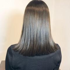 ナチュラル 艶髪 セミロング 美髪 ヘアスタイルや髪型の写真・画像