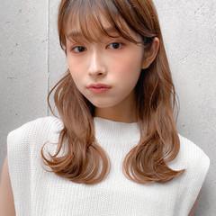 セミロング レイヤーカット レイヤースタイル デジタルパーマ ヘアスタイルや髪型の写真・画像