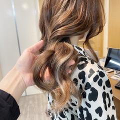 ブリーチオンカラー インナーカラー ロング 艶髪 ヘアスタイルや髪型の写真・画像
