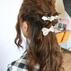 編み込み ヘアアレンジ ロング まとめ髪 ヘアスタイルや髪型の写真・画像