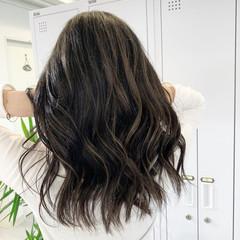 ハイライト 3Dハイライト コントラストハイライト セミロング ヘアスタイルや髪型の写真・画像