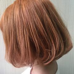 ナチュラル ピンク オレンジベージュ ミディアム ヘアスタイルや髪型の写真・画像