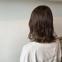 ベージュ 透明感カラー ミディアム 大人可愛い ヘアスタイルや髪型の写真・画像