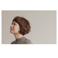 ボブ ナチュラル ゆるふわ イルミナカラー ヘアスタイルや髪型の写真・画像