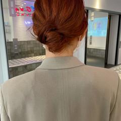 オレンジベージュ アプリコットオレンジ ハイトーンカラー ブラットオレンジ ヘアスタイルや髪型の写真・画像