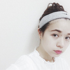 お団子 外国人風 セミロング 簡単ヘアアレンジ ヘアスタイルや髪型の写真・画像