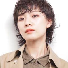 デジタルパーマ 艶髪 ウルフカット ナチュラル ヘアスタイルや髪型の写真・画像