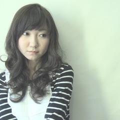 暗髪 パーマ アッシュ ロング ヘアスタイルや髪型の写真・画像