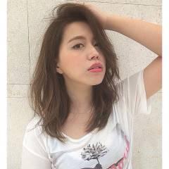 ミディアム 外国人風 ストリート シースルーバング ヘアスタイルや髪型の写真・画像