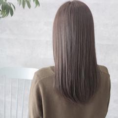 暗髪 ブルージュ ロング オフィス ヘアスタイルや髪型の写真・画像
