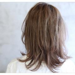 アッシュ 外国人風 透明感 セミロング ヘアスタイルや髪型の写真・画像