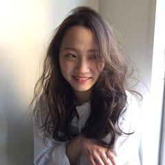 ニュアンス こなれ感 外国人風 パーマ ヘアスタイルや髪型の写真・画像