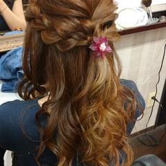 ナチュラル 簡単ヘアアレンジ ふわふわヘアアレンジ ロング ヘアスタイルや髪型の写真・画像