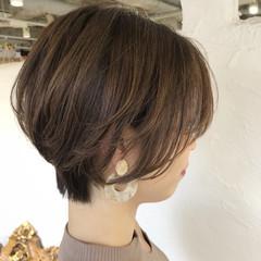 ナチュラル 似合わせカット 外国人風カラー ハイライト ヘアスタイルや髪型の写真・画像