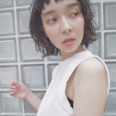 大人かわいい ゆるふわ 黒髪 パーマ ヘアスタイルや髪型の写真・画像