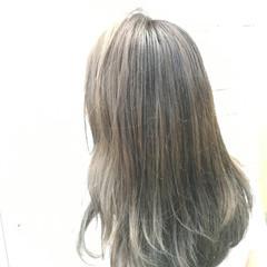 ロング ハイライト モーブ 暗髪 ヘアスタイルや髪型の写真・画像