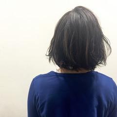 ガーリー 艶髪 暗髪 アッシュ ヘアスタイルや髪型の写真・画像