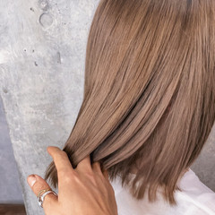 切りっぱなしボブ ミルクティーベージュ ナチュラル アンニュイほつれヘア ヘアスタイルや髪型の写真・画像