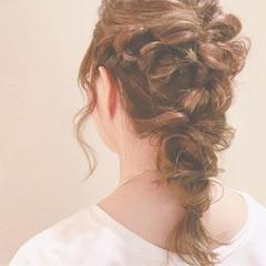 ヘアアレンジ デート 結婚式 セミロング ヘアスタイルや髪型の写真・画像