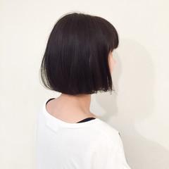 ショート 外国人風 暗髪 アッシュ ヘアスタイルや髪型の写真・画像