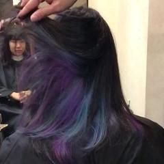 ガーリー ボーイッシュ インナーカラー ハイトーン ヘアスタイルや髪型の写真・画像