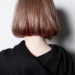 インナーカラー 外国人風 ボブ ミルクティーベージュ ヘアスタイルや髪型の写真・画像