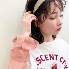 簡単ヘアアレンジ シースルーバング ミディアム ナチュラル ヘアスタイルや髪型の写真・画像