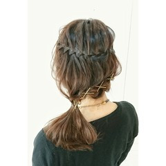 ミディアム 上品 ポニーテール ヘアピン ヘアスタイルや髪型の写真・画像