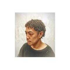 ショート メンズ パーマ ストリート ヘアスタイルや髪型の写真・画像