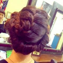 ウェーブ 三つ編み ヘアアレンジ ストリート ヘアスタイルや髪型の写真・画像