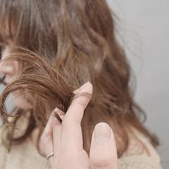 ヌーディーベージュ ミルクティーブラウン ミルクティーベージュ ミディアム ヘアスタイルや髪型の写真・画像