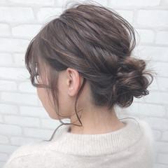 デート フェミニン 簡単ヘアアレンジ セミロング ヘアスタイルや髪型の写真・画像