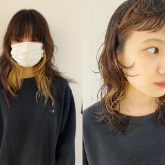 インナーカラー パーマ モード 前髪 ヘアスタイルや髪型の写真・画像