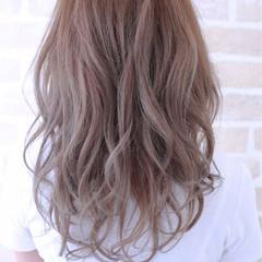 ストリート グラデーションカラー ロング 抜け感 ヘアスタイルや髪型の写真・画像