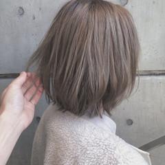 ナチュラル ヘアカラー ボブ ベージュ ヘアスタイルや髪型の写真・画像