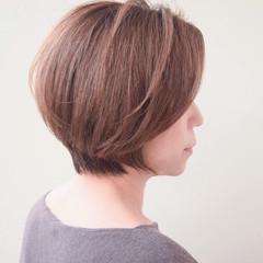 50代 アッシュ エレガンス ゆるふわ ヘアスタイルや髪型の写真・画像