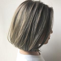 ミニボブ ハイライト ボブ 透明感 ヘアスタイルや髪型の写真・画像