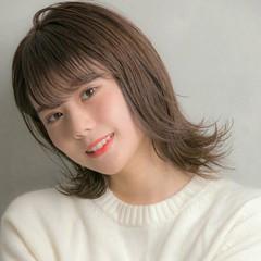 アッシュグレージュ グレージュ 大人ハイライト ハイライト ヘアスタイルや髪型の写真・画像
