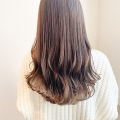 透明感カラー ナチュラル インナーカラー ミルクティーグレージュ ヘアスタイルや髪型の写真・画像