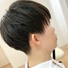 マッシュショート マッシュ ナチュラル 刈り上げ ヘアスタイルや髪型の写真・画像