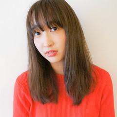 ストレート 無造作 大人かわいい 外国人風 ヘアスタイルや髪型の写真・画像