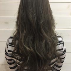 暗髪 ハイライト グラデーションカラー セミロング ヘアスタイルや髪型の写真・画像