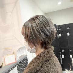外国人風カラー ハンサムショート ストリート グレージュ ヘアスタイルや髪型の写真・画像