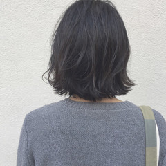 外ハネ 切りっぱなし ボブ ロブ ヘアスタイルや髪型の写真・画像
