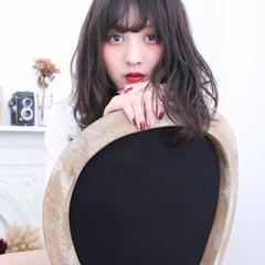 外国人風 暗髪 ピュア ハイライト ヘアスタイルや髪型の写真・画像